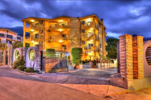 Apartments Radević