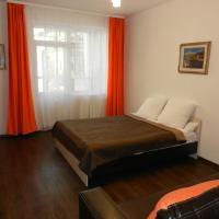 Apartment on Frank-Kamenetskogo 28/4