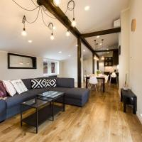 Luxury Penthouse Old Town (3Baths)