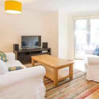 Bright Oxford Apartment