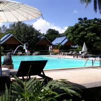Lanta Sunny House Resort