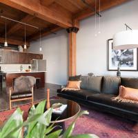 Bright South Loop Suites by Sonder