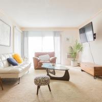 Groovy 2-Bedroom Condo with Terrace