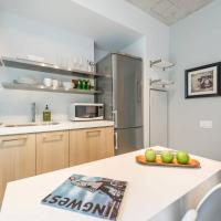 Absolutely Stunning Condo - Heart of King West