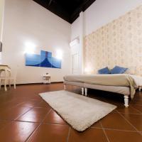 Domus Donnaregina Apartments