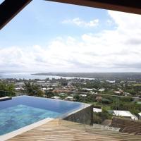 Teranga Prestigious Villa, Private Pool and Sea View from the top of Tamarin