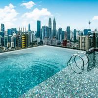OYO 467 Home Deluxe Studio Expressionz Suites KLCC Infinity Pool