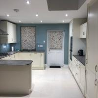 Hope Cote Lodge 2 bedrooms with parking