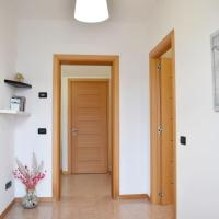 New 2 bedrooms apt with free parking