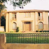 Downtown LA Villa