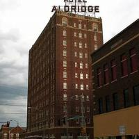 Historic Mcalester Apartment