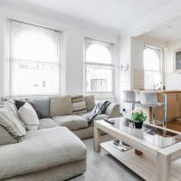 Boutique 2 Bed in Notting Hill, Westbourne Park