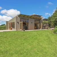 Large designer coastal home - sea views, pool, fireplace