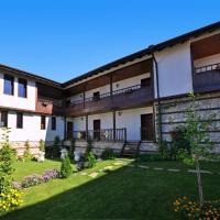 Къща за гости  Трите Камбани