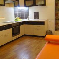Two-Bedroom Flat on Adoratskogo 4