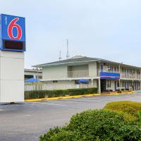 Motel 6 Charleston South